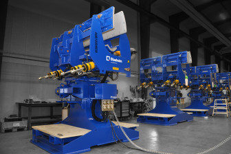 Blaaholm retrofit solution of tip-clamp means faster transport of blades 3